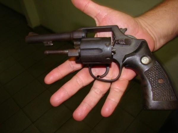O surgimento da arma de fogo cultura mix - Pistolas para lacar ...