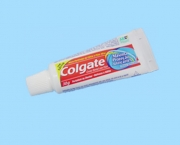 creme-dental-colgate-2
