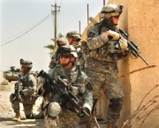U.S. Army Soldiers from Bravo Company, 1st Battalion, 23rd Infantry Regiment conduct an area reconnaissance mission in Baghdad, Iraq, Aug. 22, 2006. (U.S. Navy photo by Gunner's Mate 1st Class Martin Anton Edgil) (Released)