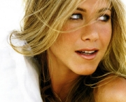 jennifer-aniston-13.jpg