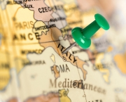 Location Italy. Green pin on the map.