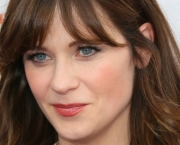 Zooey Deschanel (8)