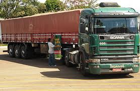 Carreta Scania
